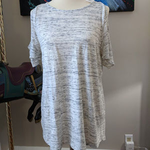 Loft cold shoulder top  L